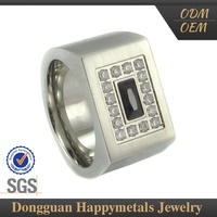 Highest Level Price Cutting Carved Amber Ring