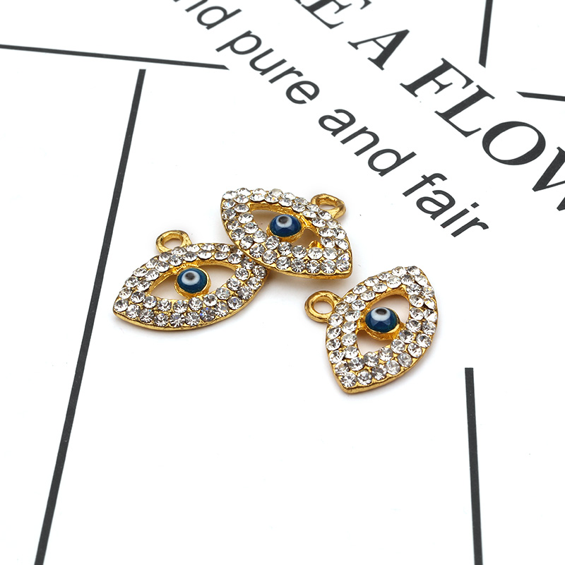 The high quality Turkish evil eye pendant charm for jewelry making