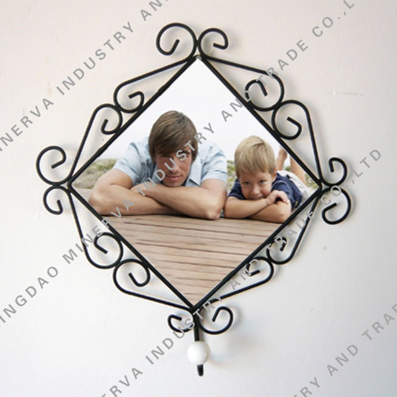 Iron tile photo frame with coat hanger