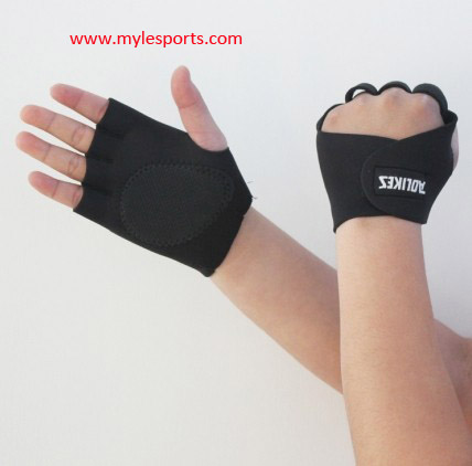 Myle factory nice design top quality anti-slide and durable neoprene fingerless gloves