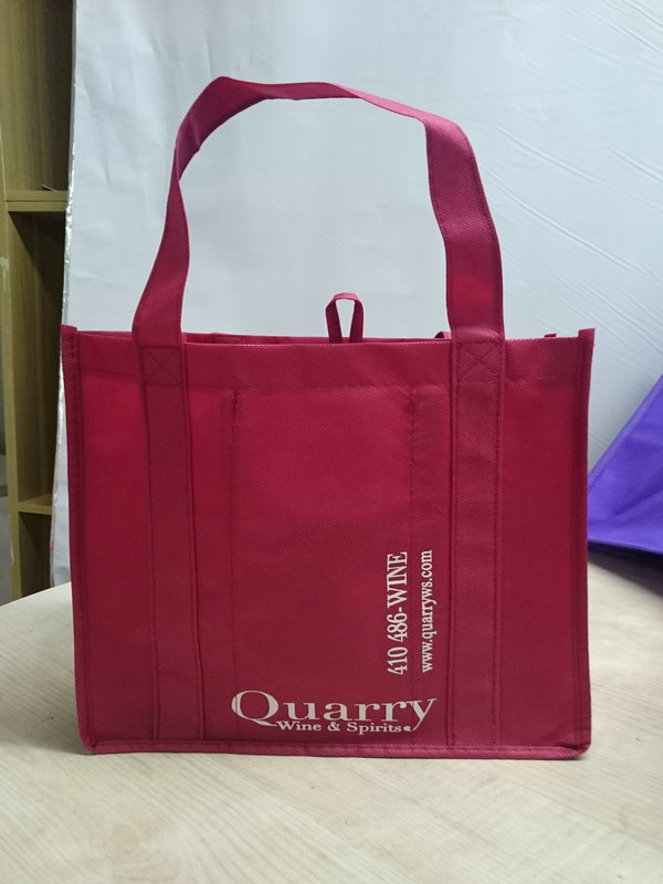Plastic Non Woven Wine Bag with Low Price