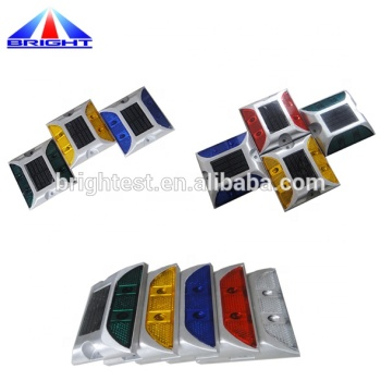 High Temperature Battery Brightness Road Cat Eye Traffic Reflectors Road LED Solar Energy Road