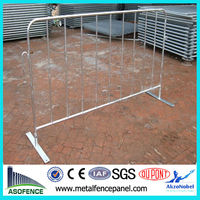Hot dipped galvanized concrete road barrier