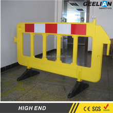 2 Meter Red White Plastic Traffic Fence Barriers Polyethylene Road Safety Heavy Base HDPE fencing