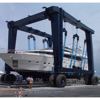 Mobile Rubber Tyre Gantry Crane Used for Lifting Boat