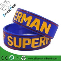 Factory personalized rubber wristbands soccer black silicone bracelet