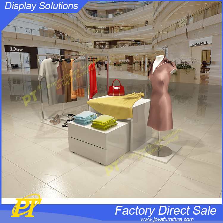 Retail store clothing display ideas for clothes shop counter table design