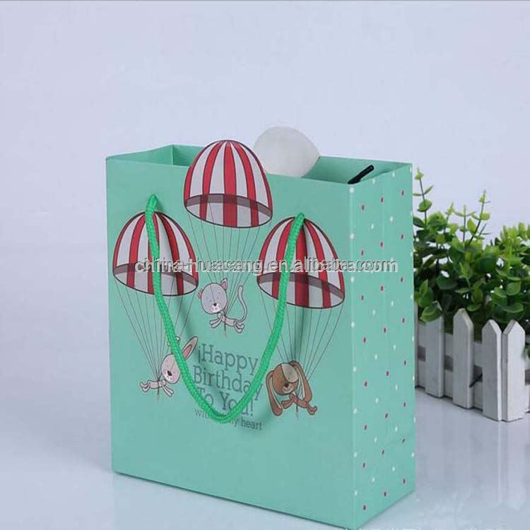 china manufacture personalised design/logo gift shopping hand paper bag