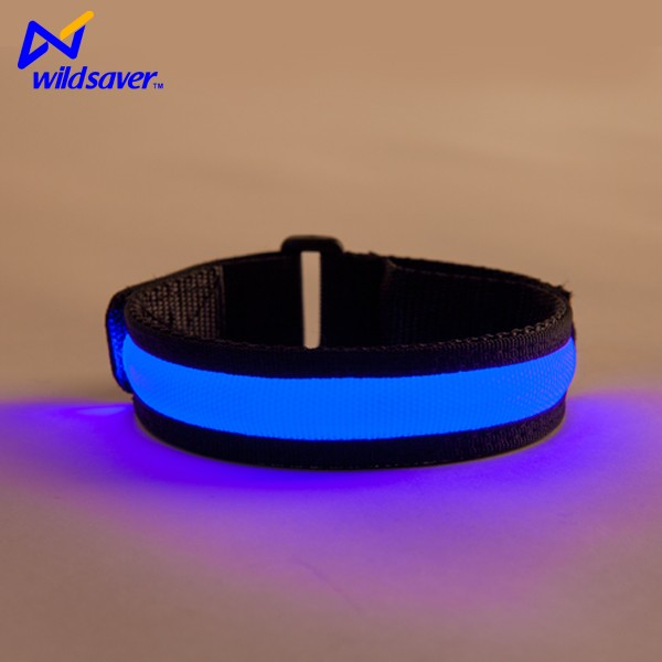 Flashing running LED rechargeable sport band high quality