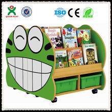 High quality daycare furniture wholesale, cheap chinese wholesale furniture, frog wooden book shelf QX-202D