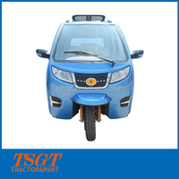 long body for 6 person capacity bajaj taxi with 150cc/175cc/200cc/250cc full closed cabin top quality China supply