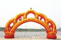 Hot Selling Large Golden and Red Crown Inflatable Arch, Wedding Decoration