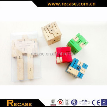 Toy customize toy quality wooden board game cube robot