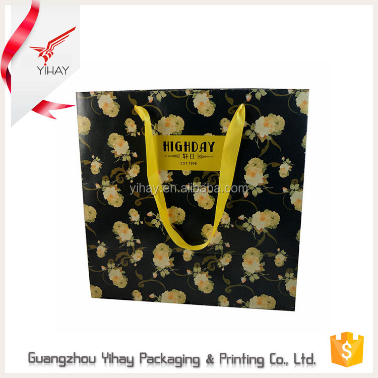 china manufactures customized luxury christmas gift paper bag/sugar packaging paper bag with logo