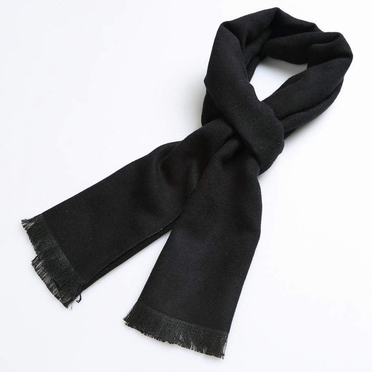 black thick wool scarf