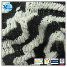 Coarse Needle Weft Knitted Jacquard Yarn Dyed Polyester Water Repellent Fabric
