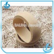 Wholesale plain round bangle, handmade unfinished wooden bangle yiwu