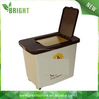 HOT sale 30L plastic storage rice bin with wheels