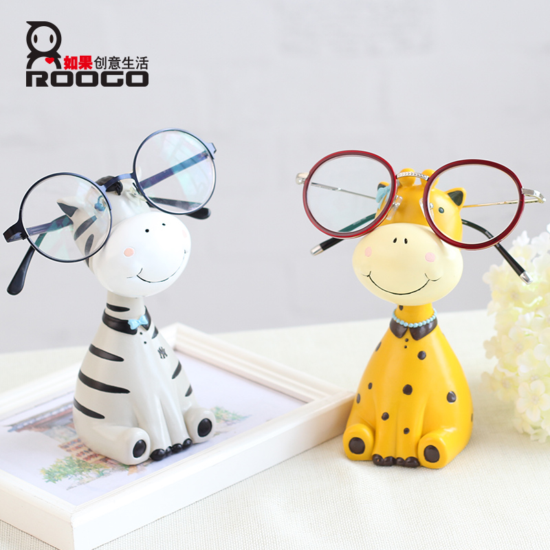 Fashionable animals shape resin eyeglass frame holders for countertop diaplay