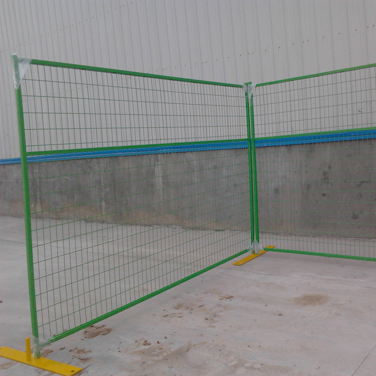 To produce low price and high quality australia or canada high standard galvanized pvc coated temporary fence mobile fen
