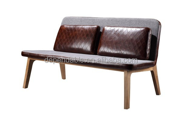 580 wooden frame leisure sofa in fabric with pillow