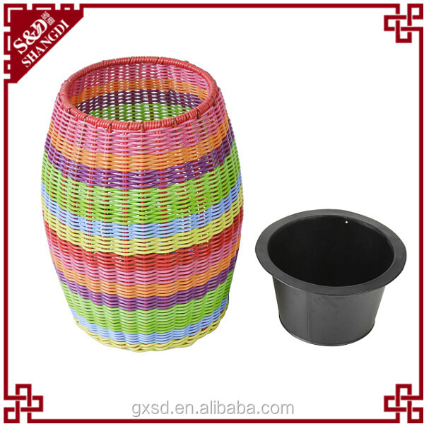 PE rattan different types flower pots with plastic basin