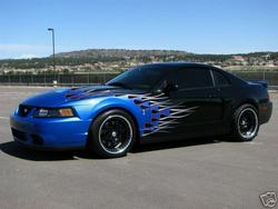 2003 Ford: Mustang