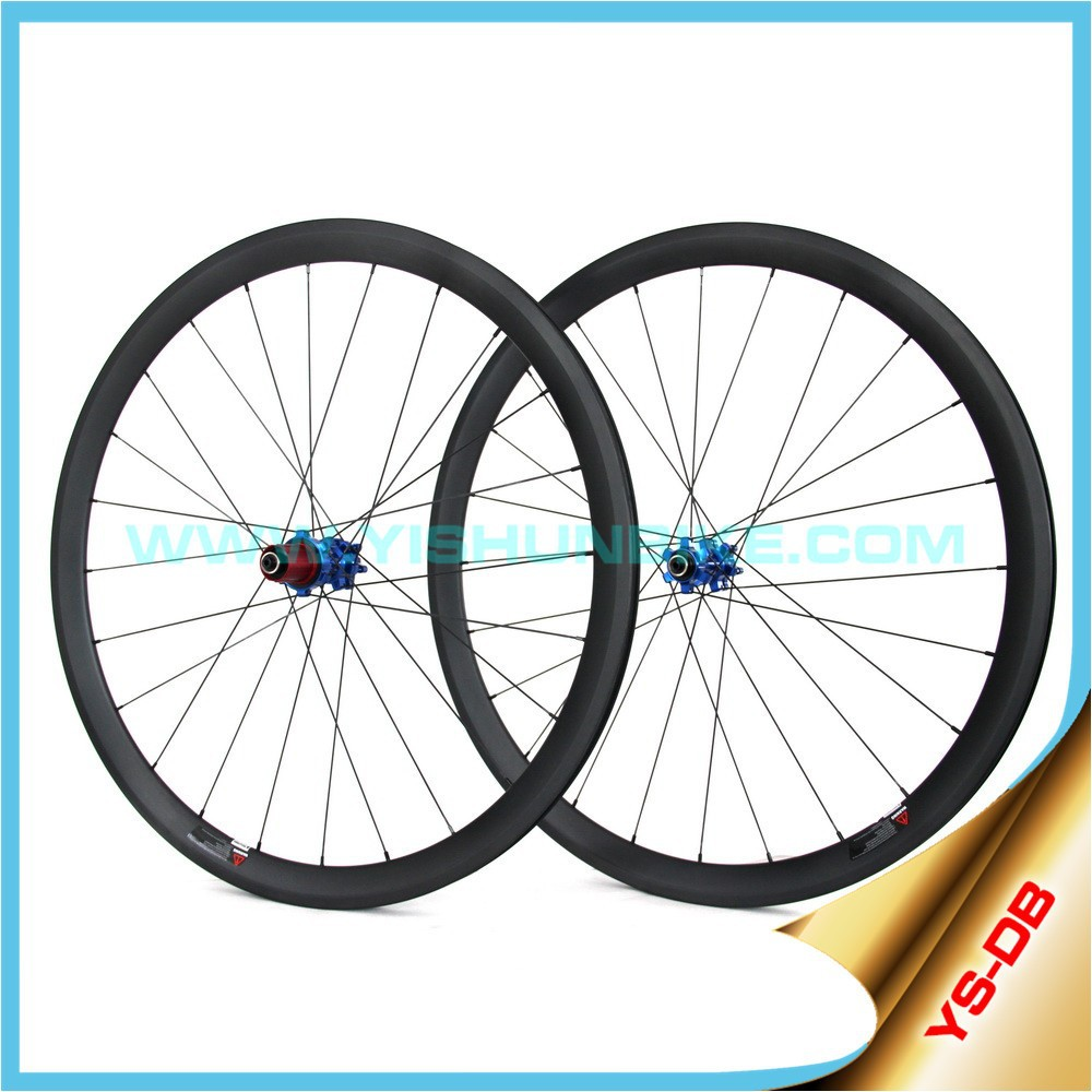 Amazing Carbon wheels Disc brake 33mm clincher rim DB330C Made in China Yishunbike