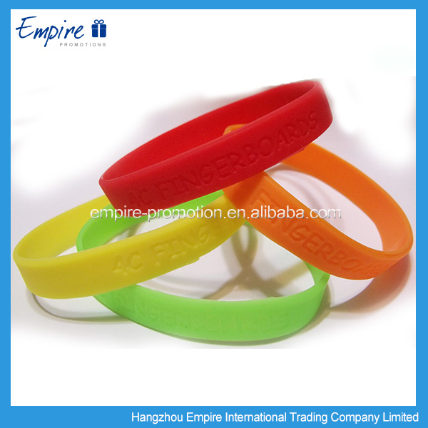 Good quality silicone wristbands, silicone wristband machine