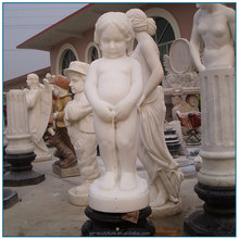 Outdoor Life Size Decoration White Stone Marble Children Statue of Pee Boy