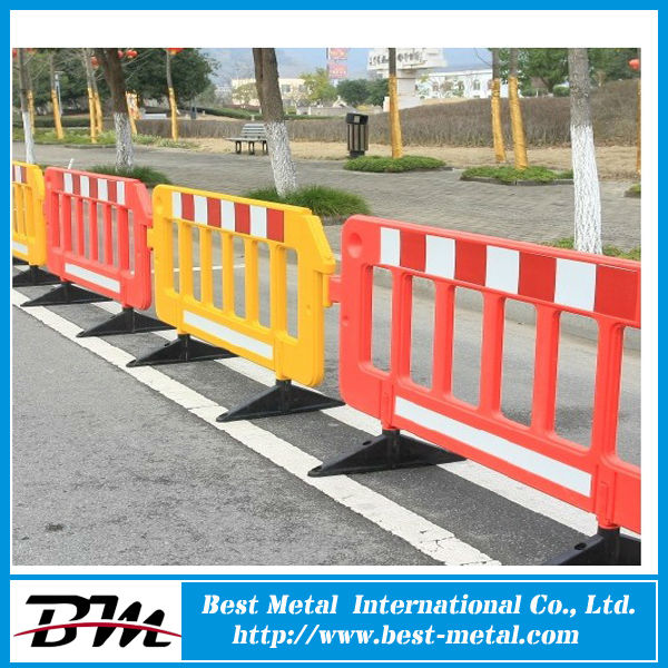 Plastic temporary traffic fence barrier buy