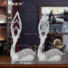 Gifts and crafts Fancy polyresin deer animal sculptures