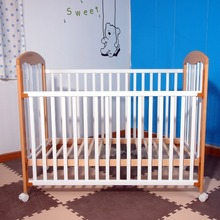 Good Quality cheap wooden cot models with wheels