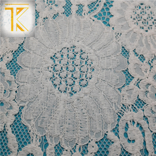 Newest design top quality properties of eco-friendly africa lace fabric
