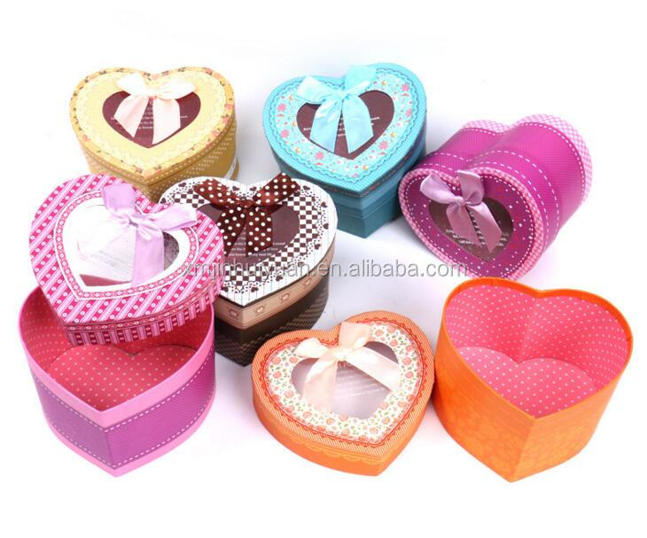 heart shaped gift paper box with pvc window