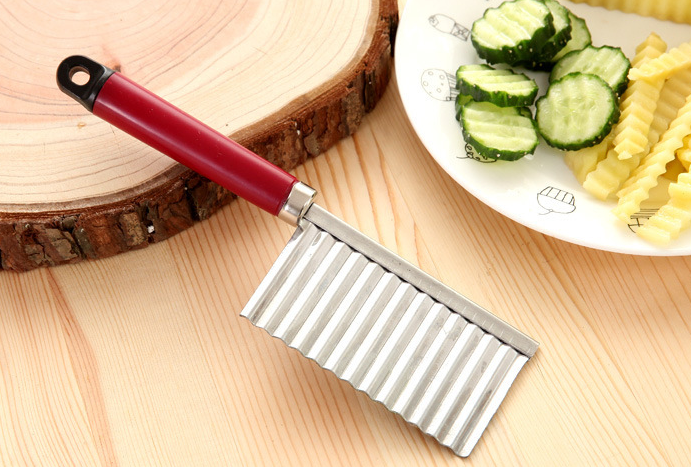 Stainless Steel Potato Wavy Edged Knife Kitchen Gadget Vegetable Fruit Peeler Potato Slicer Cutter Cooking Tools