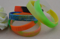 customized teens silicone wristband, silicone wrist bands