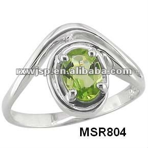 316L stainless steel perdiot green stone elegant fashion wedding ring