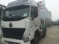 2015 new sinotruk Howo 4*2 420HP Euro2 Truck tractor with free parts