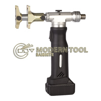 1 tool 2 Application: Battery Powered Pressing Tool for Pipe Expanding and Pressing