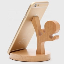 Popular Products 2019 Cute Kung Fu Shaped Wooden Deer Mobile Phone <strong>Holder</strong> Station