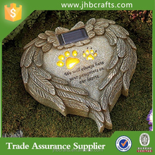 Top Quality-Solar Colored Memorial Garden Pet Stone