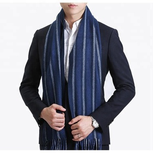 Stripped man's goat wool scarf for business wearing