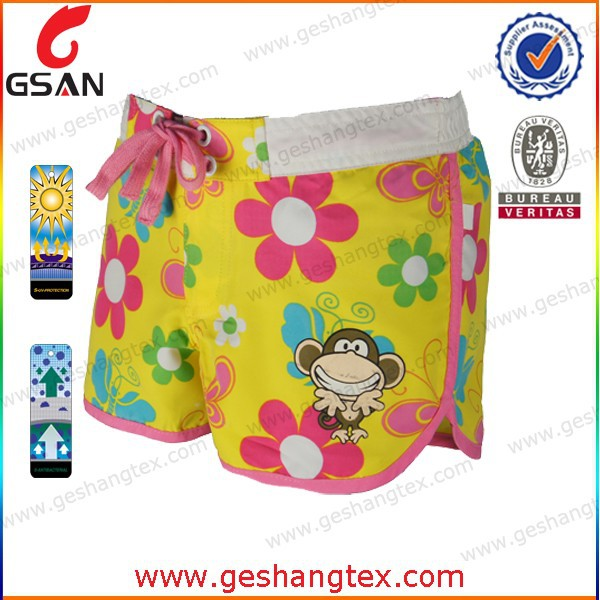 Young girls flower printing beach shorts pant