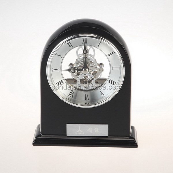 seprated second bit black wooden clock