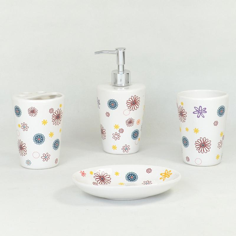 Porcelain bathroom accessories