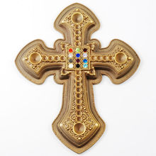 Religion 3D Cross Zinc Alloy Cut Medal Gold Lapel Pins