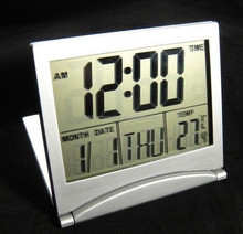 Battery Operated Day Date Calendar Clock