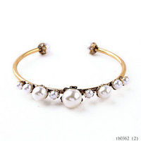 Designed Extra Wedding Party Imitation Pearls Cuff Bangle