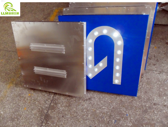 High quality brightness LED solar powered IP65 waterproof traffic stop sign board